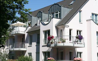 Mehrfamilienhaus mit Balkonen in Schwachhausen