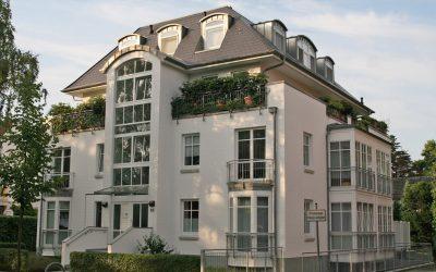 Im Grünen: Mehrfamilienhaus in Schwachhausen